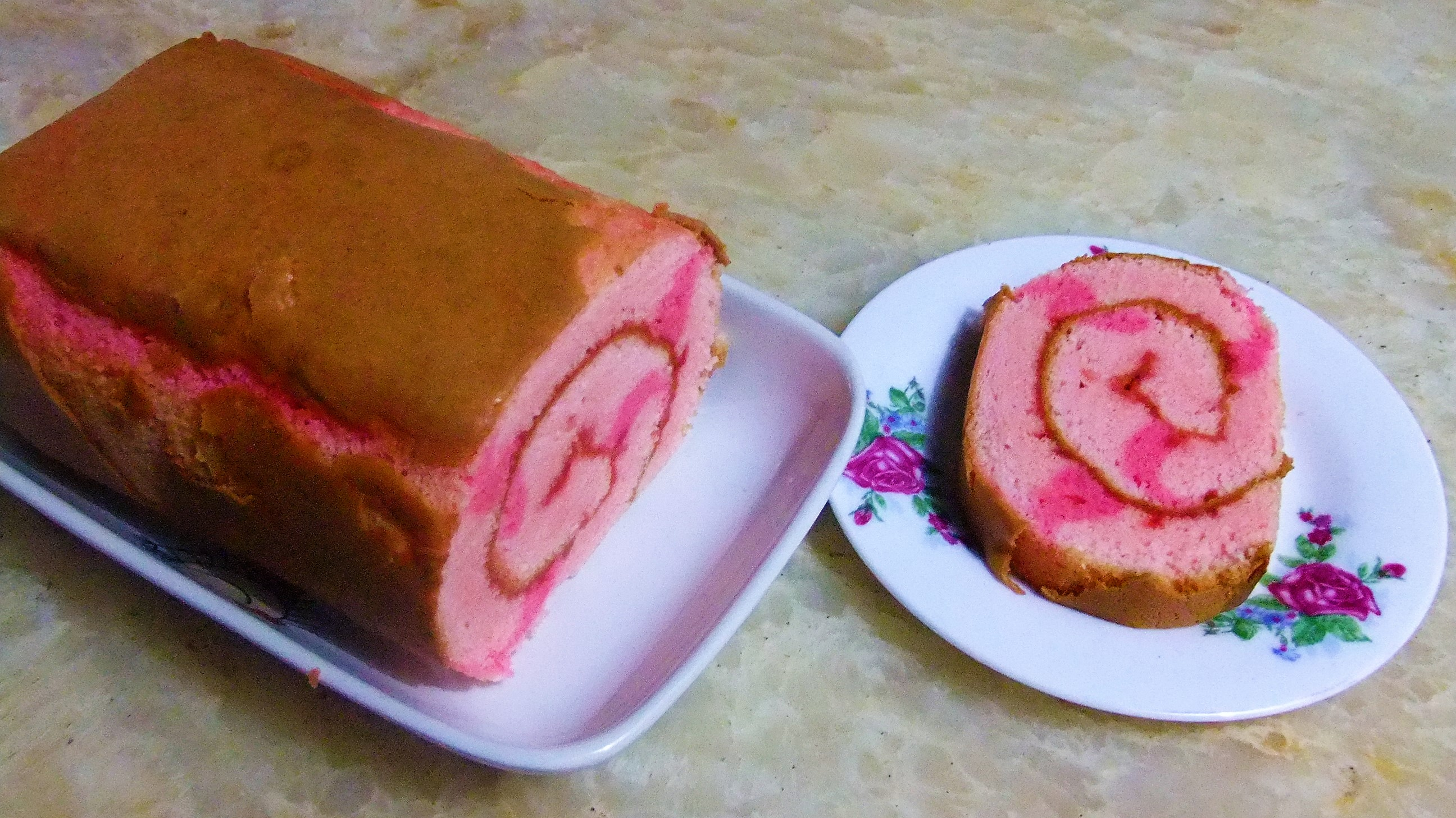 Kue Bolu Gulung Strawberry