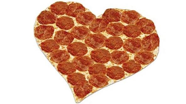 Pizza Dari Restoran Pizza Keluarga Favitta