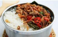 Cara Membuat Nasi Liwet Teri Pedas Paling Spesial