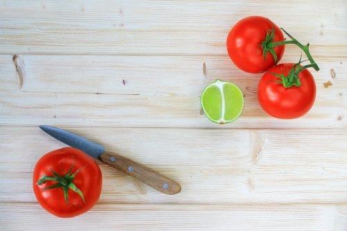 Cara Membuat Masker dan Tomat Praktis Sederhana