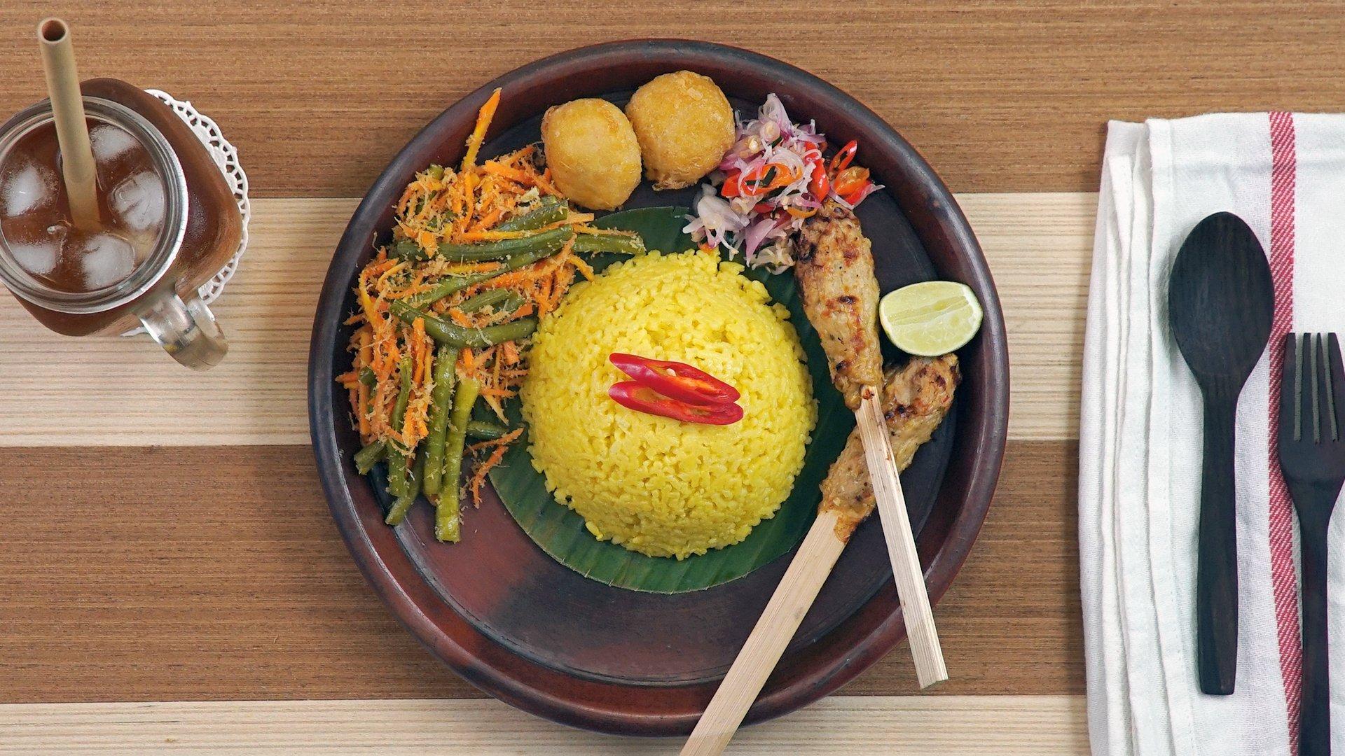 Cara Membuat Nasi Kuning Dan Pelengkapnya Dijamin Lezat