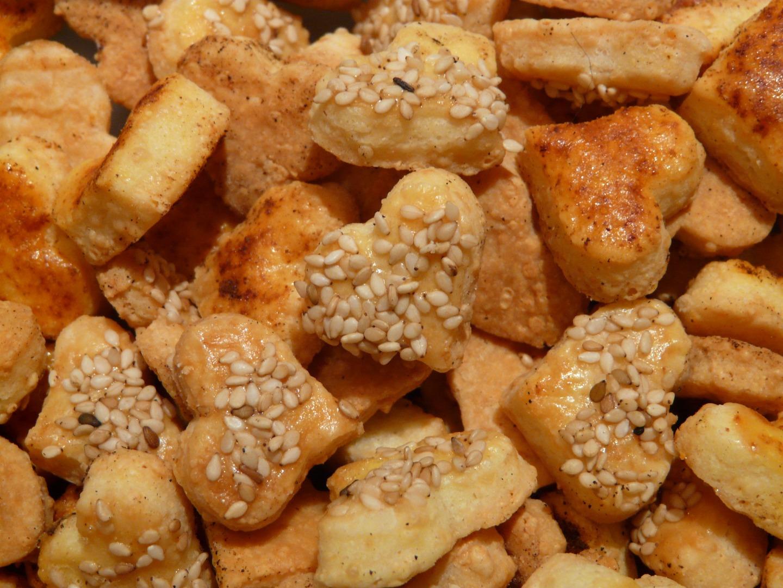Tips Lengkap : Cara Membuat Kue Kacang Gurih Dan Renyah Untuk Usaha Anda