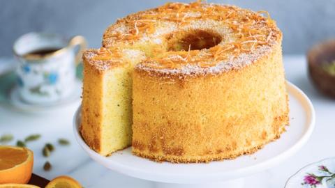 6 Resep Chiffon Cake Enak Lembut, Manis, dan Bikin Ketagihan
